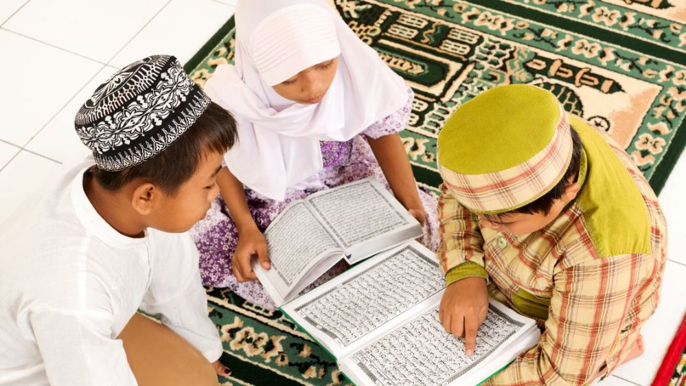 Jenis Pola Asuh Islami